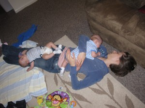 Breastfeeding Twins Unassisted: What to Do When You Are All Alone   www.BreastfeedingPlace.com #twins #breastfeeding